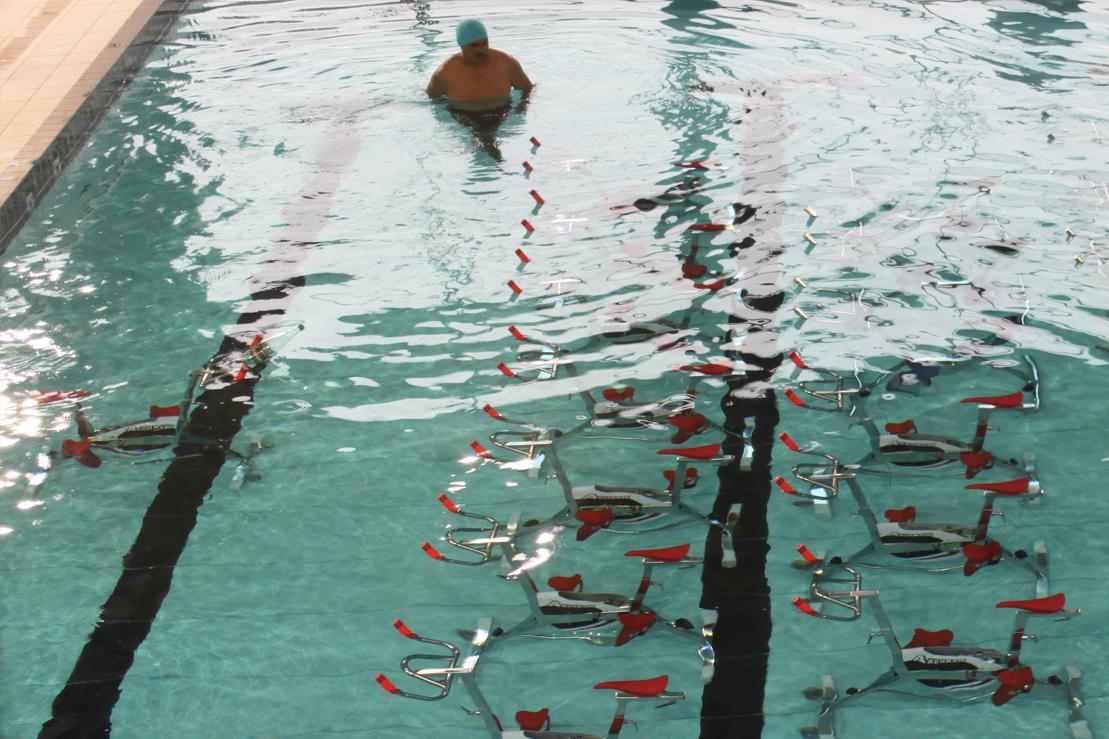 Vélo de piscine aquabike Akermann